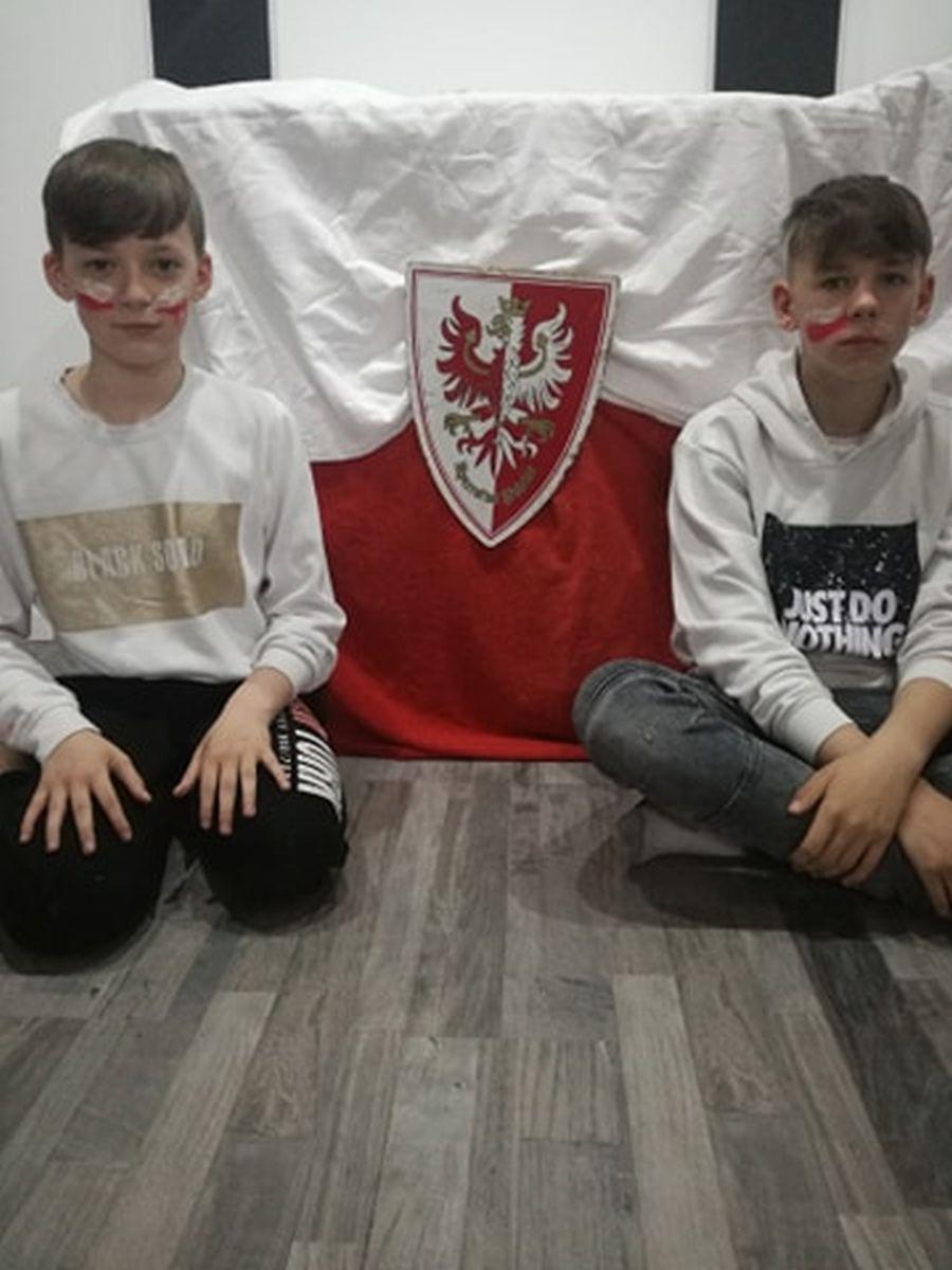 105-Sebastian-Sworowski-Kl.8a-Dawid-Sworowski-VI-B